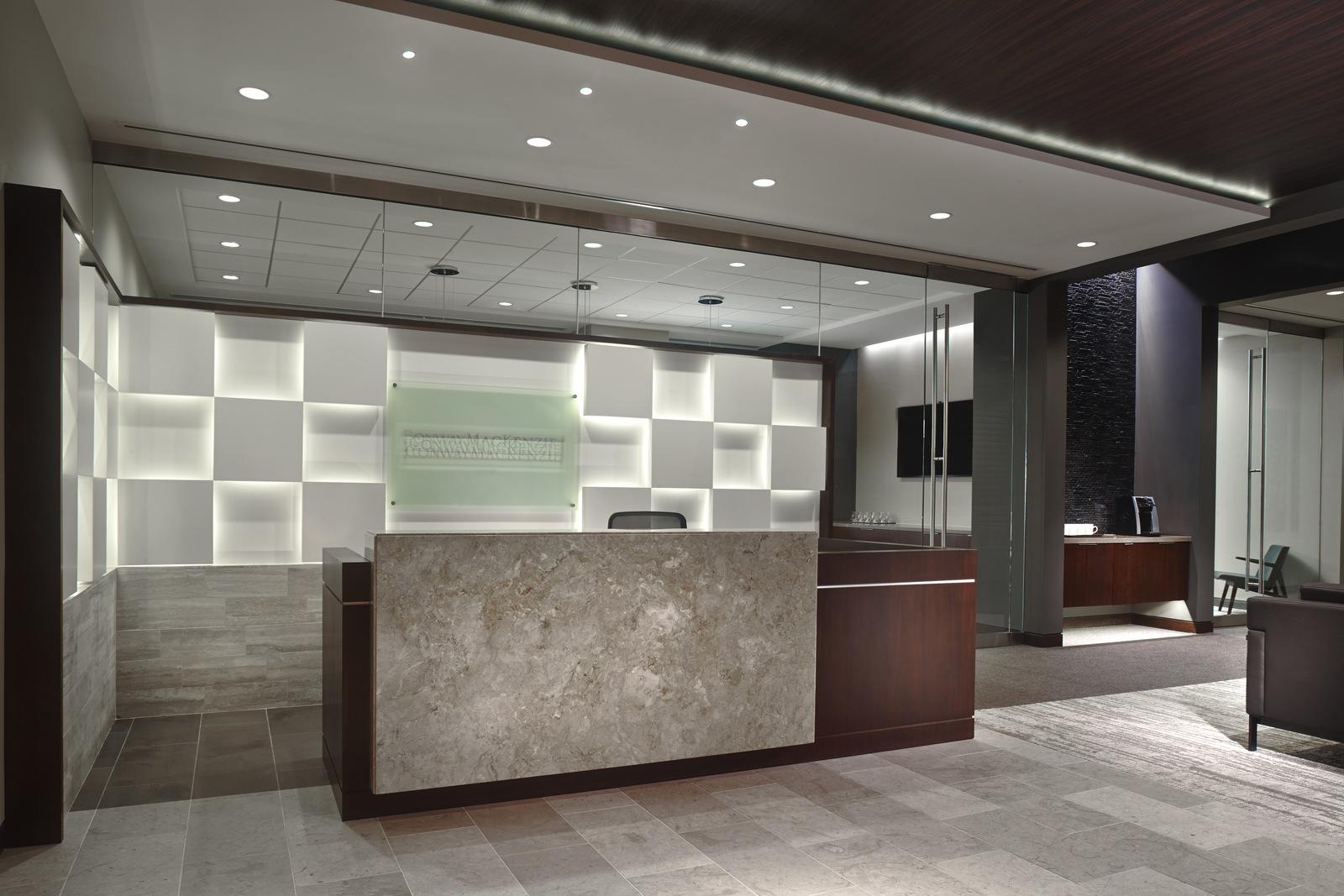 lobby receptionist